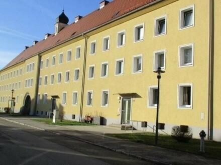 Großzügige 3 Raum Wohnung, komplett saniert, Stadtteil Steyr Münichholz