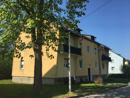 Leistbare helle 3-Raum-Wohnung in naturnaher Ruhelage mit dem unbezahlbaren Vorteil ausgewählter Nachbarschaft inkl.! Provisionsfrei!