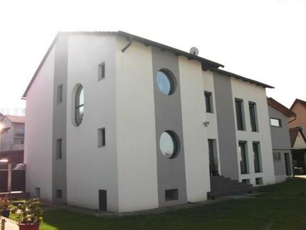Großes Wohnhaus mit großem Garten und sehr gemütllichem, großem Gartenhaus NEUER PREIS