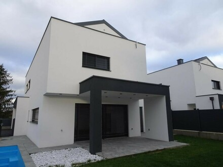 2 Neubau Einzelhäuser baugleich in Ansfelden - Audorf mit Pool und Doppelgarage Flachdach