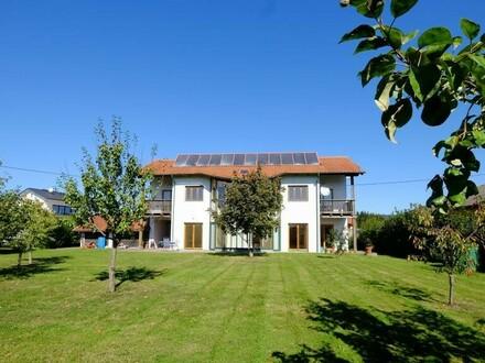ÖKO-Haus mit tollem Ausblick und großem Garten