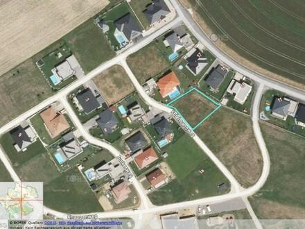 zentral gelegenes Grundstück in neuer Siedlung