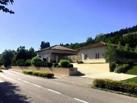 Großartiges riesiges Landhaus im Bungalowstil - zentrumsnahe NEUER PREIS