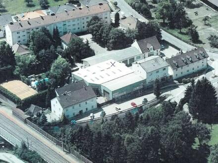 Beheizbare Halle Ortszentrum Pasching mit Spritzkabine IHR NEUER FIRMENSITZ