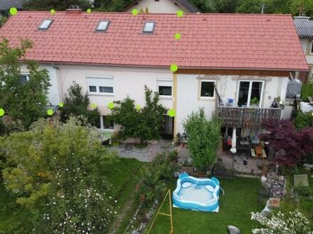 Großzügige Familienwohnung auf 2 Etagen mit Gartenanteil