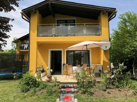 Neuer Preis!! Mehrfamilienhaus mit viel Platz, 3 getrennte Wohneinheiten möglich