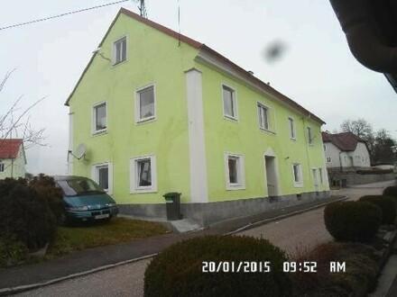 Kleines Zinshaus im Zentrum von Katsdorf 4 WOHNUNGEN