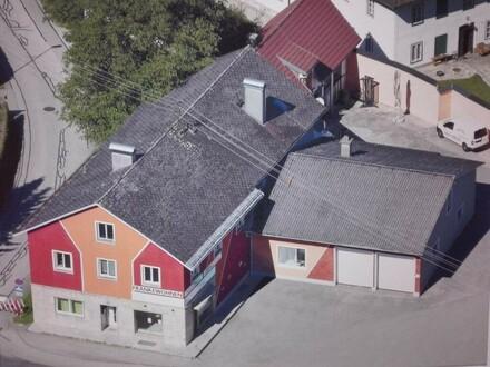 Wohnhaus mit 8 Wohnungen und Top Rendite