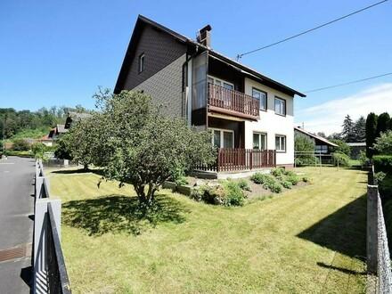 Gepflegtes Zweifamilienhaus auf großem Grundstück in ruhiger Siedlungslage in Gusen bei Linz