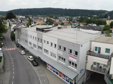 Vermietetes Büro- und Geschäftsgebäude zu verkaufen! VÖCKLA CITY