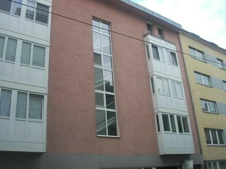 Topp-Wohnung inkl. Tiefgaragenplatz
