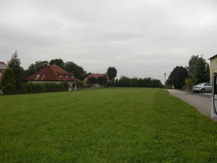 Topgrundstück mit Pöstlingbergblick ! mit Baugenehmigung für ein Doppelhaus ( 2 x 150m2).