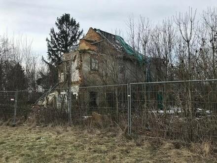 Landwirtschaftliches Grundstück mit Abrisshaus in Schiedelberg