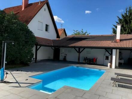 Topsaniertes Einzelhaus nahe Langholzfelder Wald mit Pool und Keller Ein Juwel !!!!