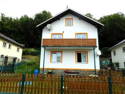 Einfamilienhaus in schöner Ruhelage - auch für 2 Wohneinheiten geeignet