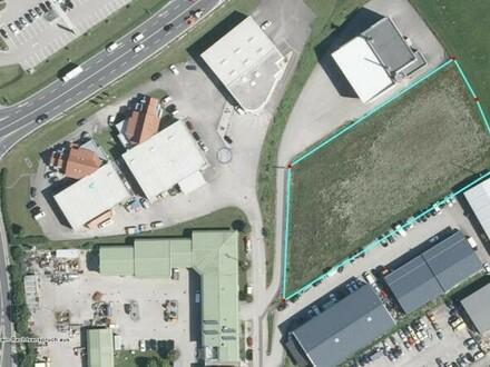 Grundstück auf Bauchrechtbasis mit B Widmung und nahe B 1
