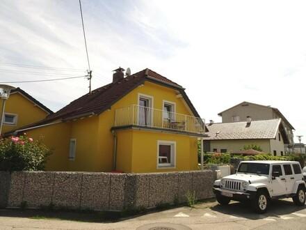 !!! NEUER PREIS !!! Einzelhaus mit großem Freizeitwert in Toplage Marchtrenk - zentral und ruhig, Pool und RIESENWOHNZIMMER