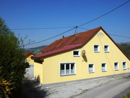 Mehrfamilienhaus bei Linz