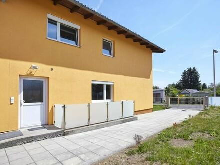 Großzügiges Mehrfamilienhaus + Projekt bestehend aus 3 Reihenhäusern!
