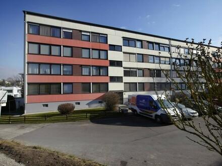 2-Zimmer-Wohnung - Sanierungsbedürftig!