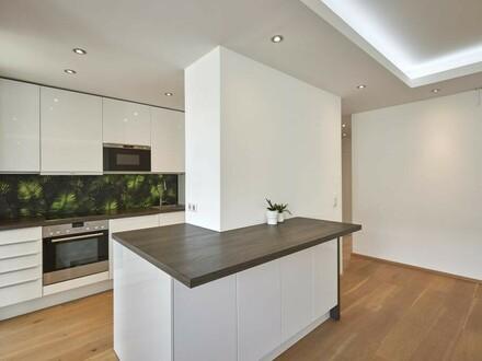 Große, helle Wohnung mit toller Küche im Zentrum!