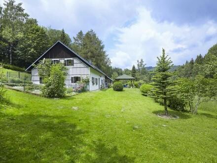 Traumhaftes Landhaus mit Fischteich in Alleinlage