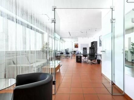 großzügige, helle Bürofläche Nähe Schillerplatz-Landstraße