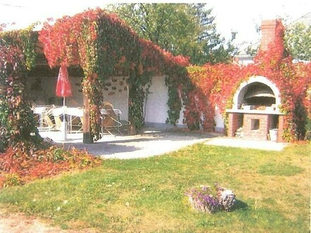 Camping + Bauland + Appartmenthaus + Privatwohnhaus