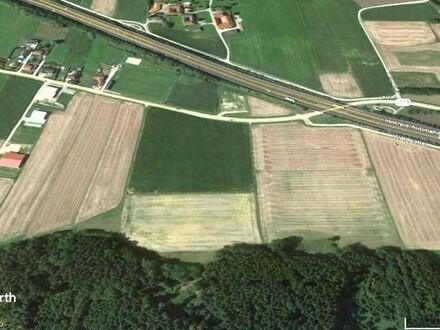 Betriebsbaugrundstück an der A8
