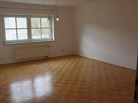 sehr schöne 3-Zimmer-Wohnung in ruhiger Lage