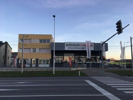 Ausstellungs- und Verkaufsfläche in toller Verkehrslage!