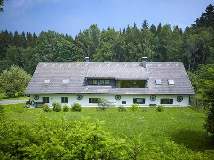 Grundstück in Alleinlage mit Landhaus und Fischteich