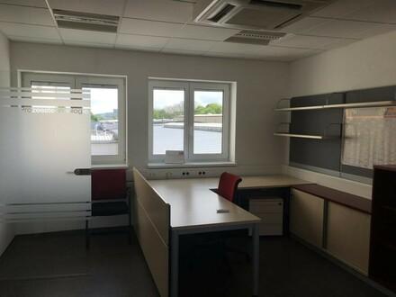 Vollmöblierte moderne Büroflächen - Traun!