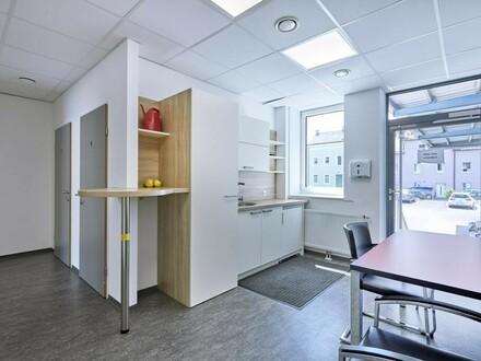 Großzügige Bürofläche über eine Ebene zur Miete!