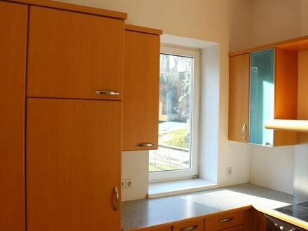 3-Zi-Wohnung mit Westloggia - neuer Preis