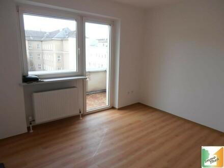 2-Zimmer/Küche-Stadtwohnung mit Balkon