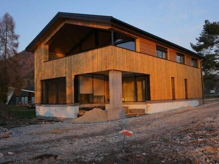 Wohnung Obergeschoß im neu errichteten Wohnhaus Weyregg