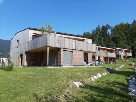 Moderne Neubauwohnung in Holzbauweise, Nähe Mondsee