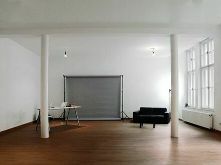 Büroplatz in Atelier