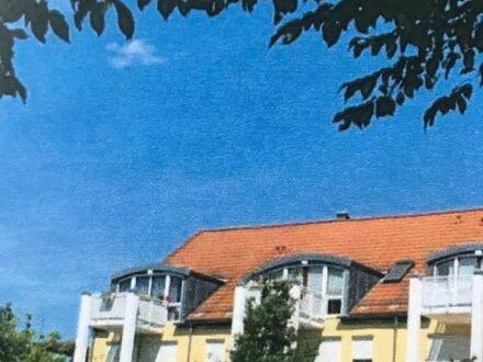2-Zimmer-Whg. Mit Balkon + TG Stellplatz / 2. OG
