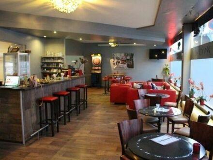 2 attraktive Raucherlokale,- 6 Automaten Bar/Cafe/Lounge