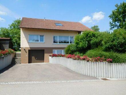 Wohnhaus mit großem Garten in Fichtenberg-Erlenhof