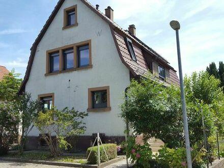 Freistehendes Einfamilienhaus mit Garten in zentraler Lage von Oberderdingen