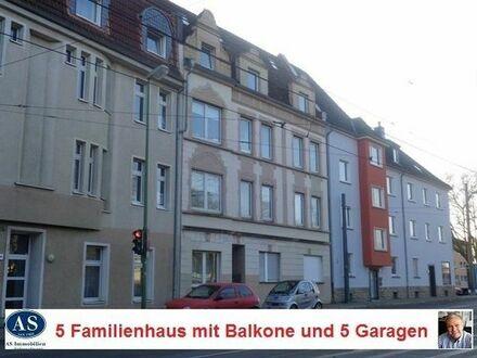 Großfamilien., 5 Familienhaus mit 8 Süd-Balkone und 5 Garagen!