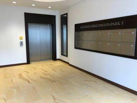 Erstbezug 4-Zimmer Toplage am Boxhagener Platz Friedrichshain: Einbauküche und Balkon(WG-geeignet)
