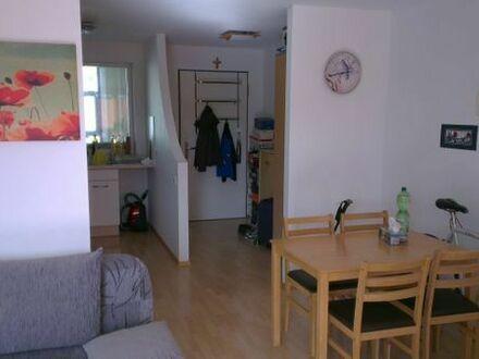 Mietwohnung in Sachsenheim: Sehr schöne 1-Zimmer Wohnung mit Balkon