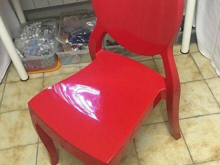 Roter Stuhl - 2 verfügbare Einheiten - 40 Euros die Einheit-