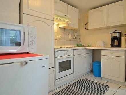 2 zi. zimmer Wohnung möbliert, hell, 3 minuten zu U1, Nähe S, BB, SS