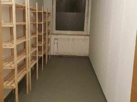 Lagerraum Lagerplatz Lager Lagerfläche Einlagern Garage Lagerbox Kellerraum Hobbyraum Selfstorage