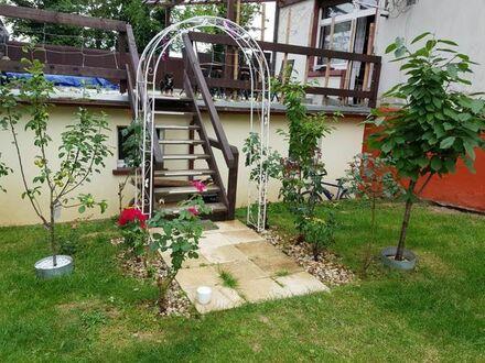 4 Zimmerwohnung mit einem Garten und einer Garage zu Verkaufen